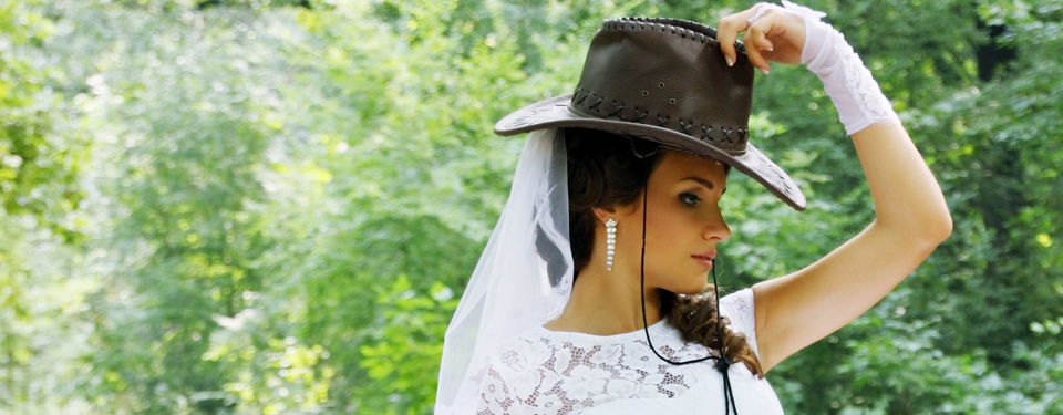 Cowgirl Bride at The Tulsa Wedding Show
